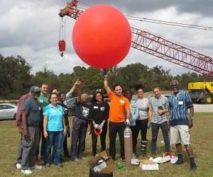Most of the team just about ready to send the balloon 3,000 feet into the atmosphere to take photos!